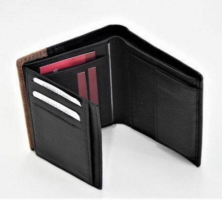 Moderna moška denarnica- odprta