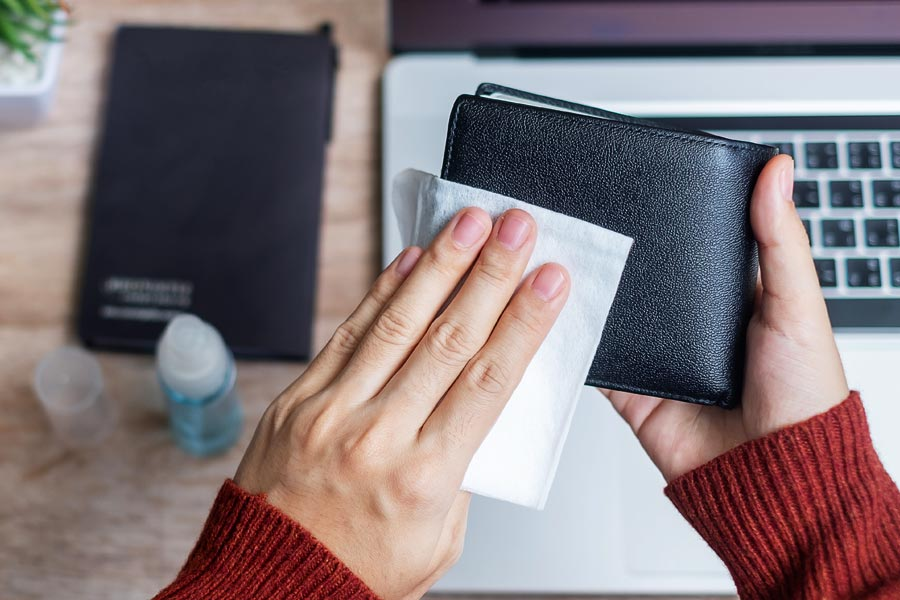 Čiščenje usnjene denarnice- prva blog